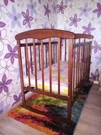 Детская  суперовая кроватка с матрасом