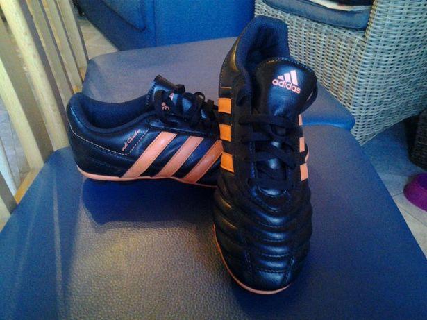 Botas de futebol Adidas tamanho 38