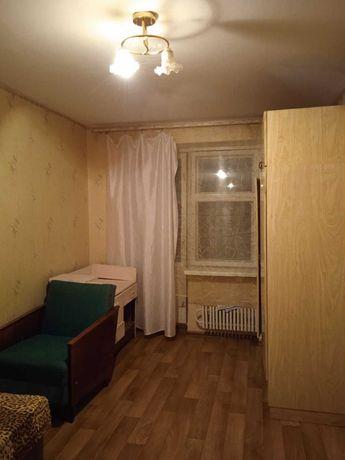Здається окрема кімната для  дівчини у Луцьку