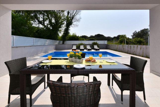 CroWonder, Chorwacja 2021, apartament 4 os. w willi z basenem, Bibinje