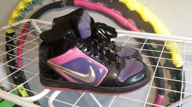 Nike 41 buty sportowe sneakersy edycja limitowana