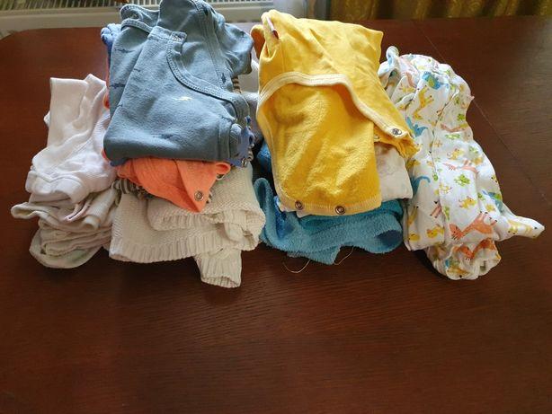 Пакет одежды на 6-9 месяцев