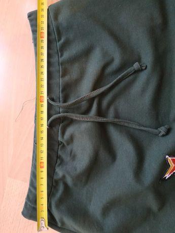 Spódnica zielona z naszywką rozmiar S
