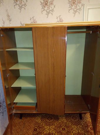 Продам мебель шкаф