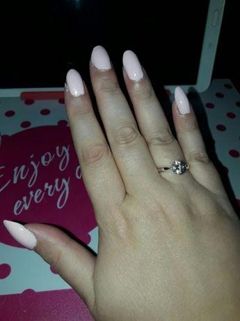 Przepiękny pierścionek z cyrkonia posrebrzany nowy rozmiar 20,21