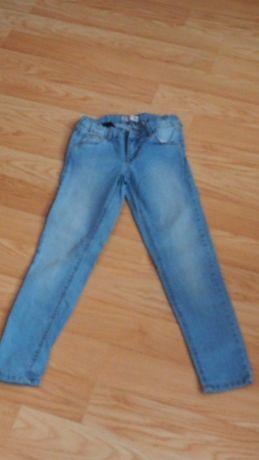 Spodnie dziewczęce dżinsowe 140 cm