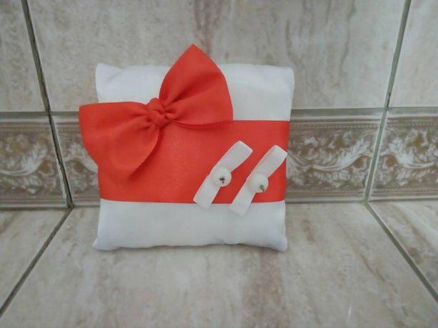 Подушка для колец)