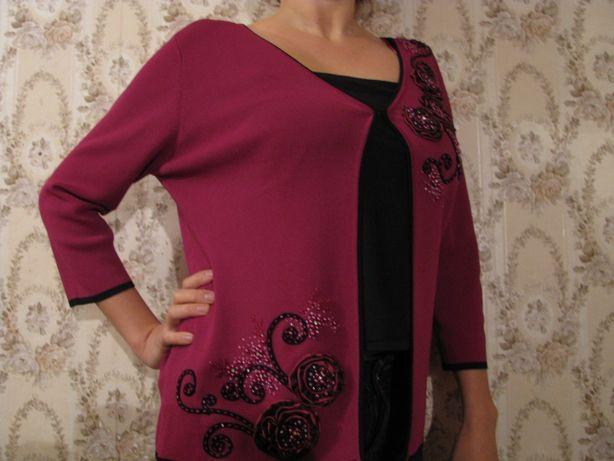 Бордовый свитер / накидка с вышивкой. Размер 48-50