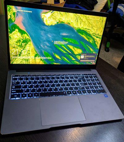 Chuwi Laptop 15.6, Dysk SSD 256Gb, 4 rdzenie, 8Gb ram, Matryca IPS 4k