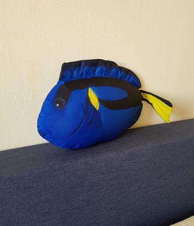 Realistyczna maskotka poduszka ryba Gaby Dory pokolec