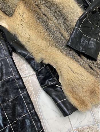 Эстетичная женская кожаная куртка с мехом casaba