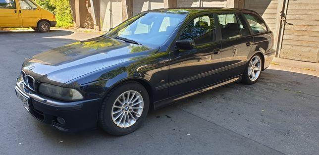 BMW e39 touring cosmosschwartz 303/9