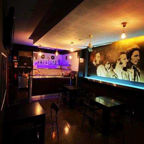 Trespasse Café / Bar