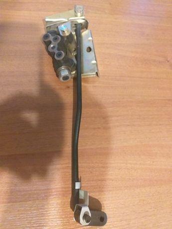 Регулятор задних тормозов ВАЗ 2108