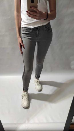 Серые джинсы с полоской низкая посадка скинни