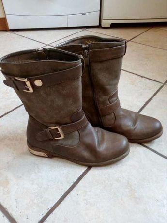 Damskie buty, kozaczki zimowe.