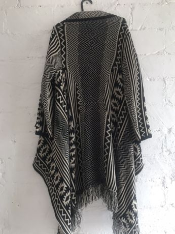 Sweter długi boho aztecki frędzle