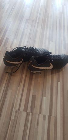 Korki Nike Nowe nie używane