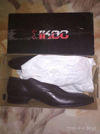 Продам брендові чоловічі демісезонні туфлі