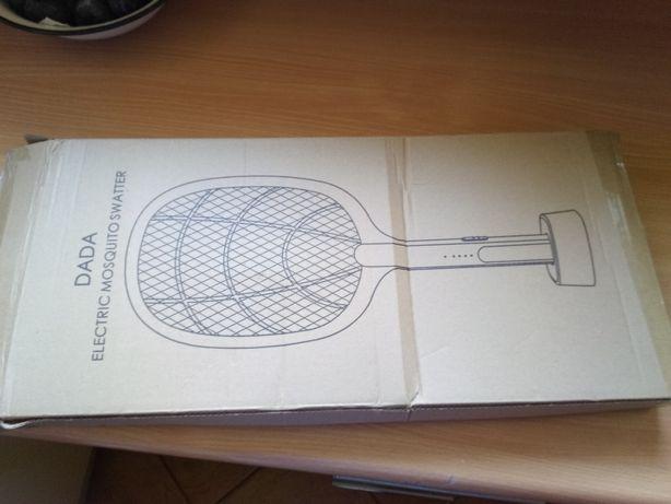 Elektryczna packa na komary owady muchy 2w1
