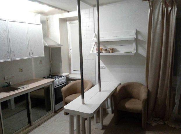 Продам квартиру 1к. улица Лаврская 21 район Печерск