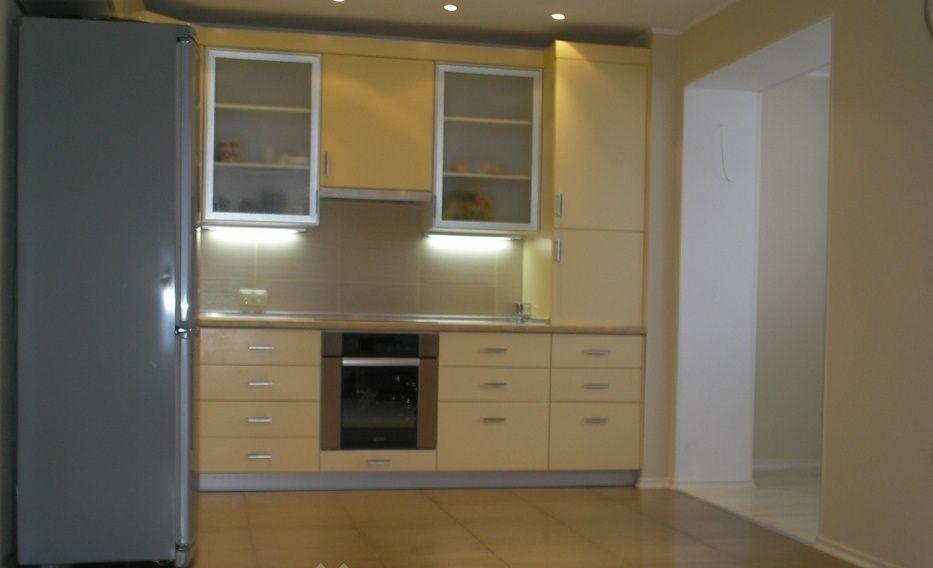 Продам большую трехкомнатную квартиру с ремонтом Черноморск - изображение 1