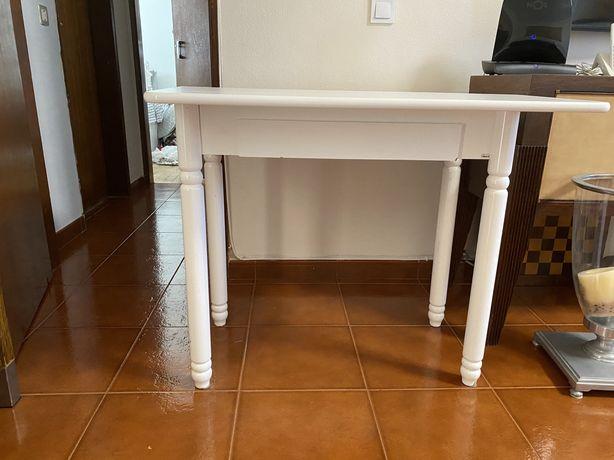 Mesa de cozinha dobravel