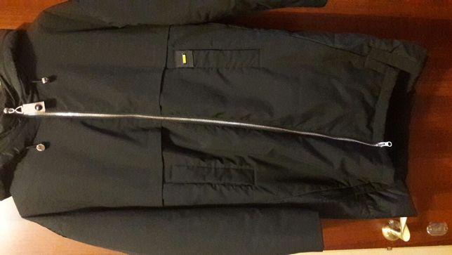 Продам стильную крутую куртку 44-46-48 размер.