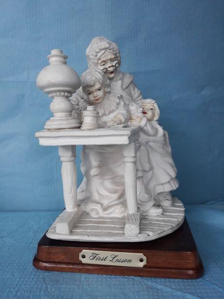 Ciężka duża figurka babcia i wnuki