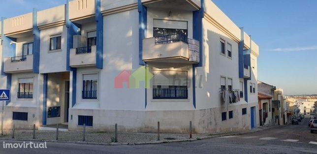 Garagem/Armazém 413 m2, ampla no Alto da Serra, na Baixa da Banheira