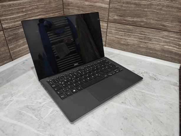 Dell xps 13.3 9360 IPS i5-7200U 8GB 128gb ssd