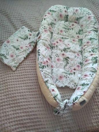 Kokon niemowlęcy z poduszeczką
