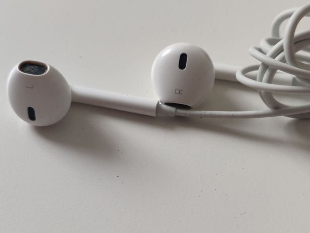 Earphones Apple Lightning
