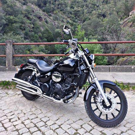 Moto 250cc Daelim Daystar 250 (chopper)