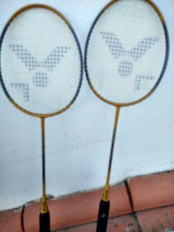 2 Raquetes victor . Preço 1 vale 17 euros as 2 valem 30euros.