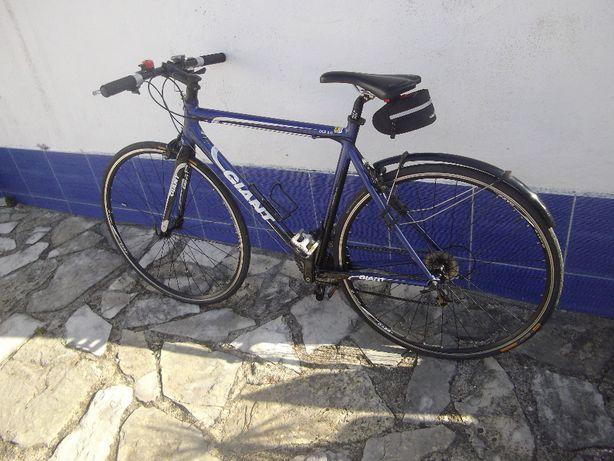 Bicicleta GIANT - OCR 3.0 - super leve !
