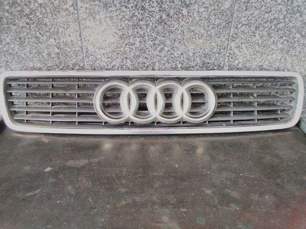 Grelha Frontal Audi A4 97 - 99