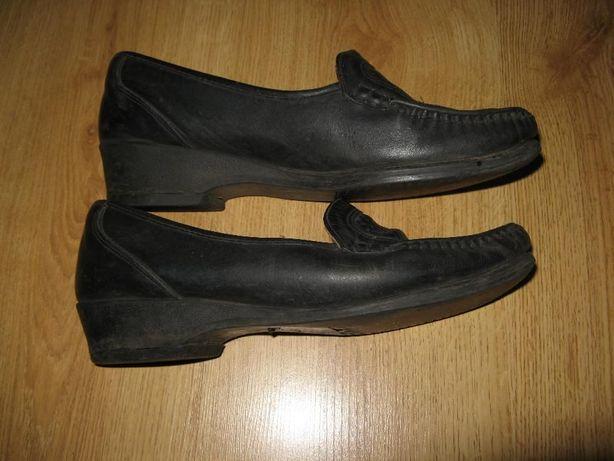 Туфли женские черные р.39 б/у дешево