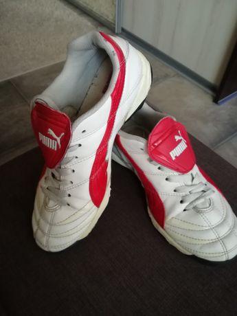 Buty korki Puma dziecinne roz. 21