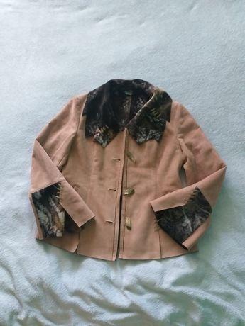 Осенняя куртка .