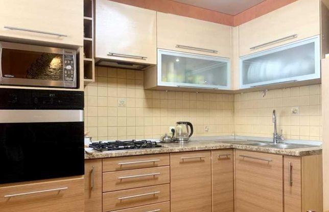 ЛФ8- Двухкомнатная квартира в новом кирпичном доме с евроремонтом!