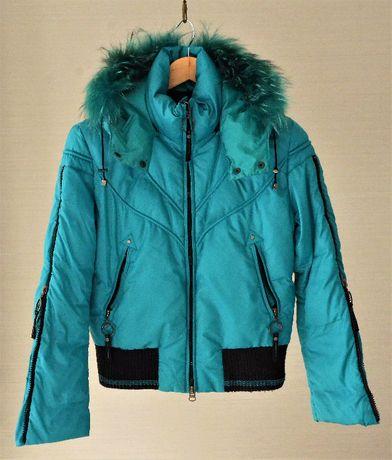 Куртка пуховик c натуральным мехом енота Versace Sport (Италия), р.46
