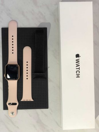 Apple Watch series SE 40mm Gold