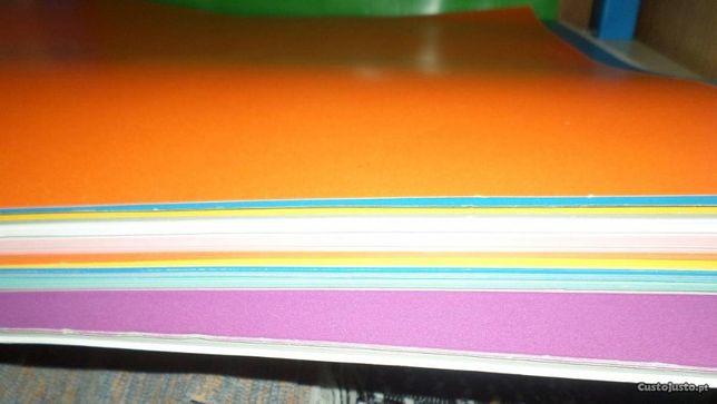 50 cartolinas escolares