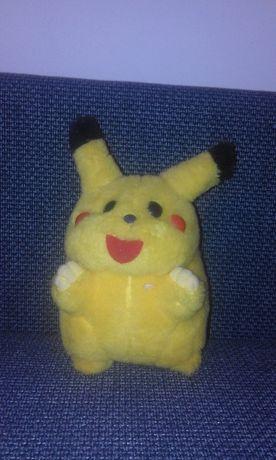 maskotka pikachu