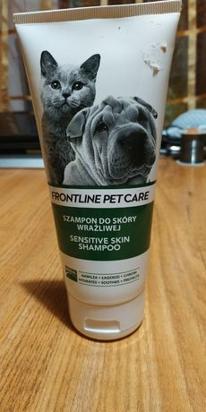 Шампунь для собак и котов для чувствительной кожи