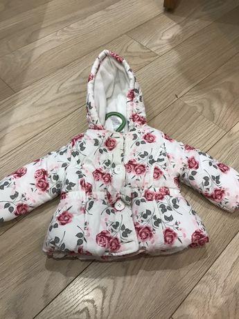Красивенная куртка на малышку
