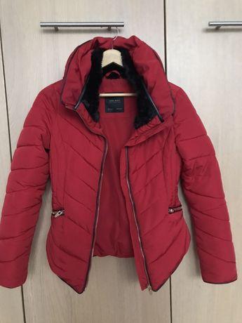 Kurtka Zara 34 xs s czerwona zimowa zamek
