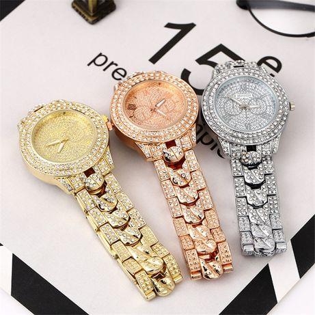 Женские часы Geneva металлический браслет со стразами (Разные цвета)