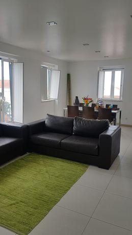 Apartamento T3 na Nazaré - Avenida do Mercado